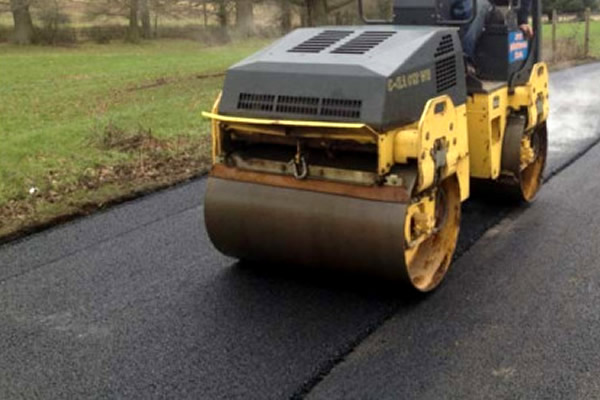 Surface Dressing in Glasgow