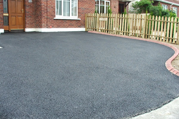 Tarmac driveways in Stirling
